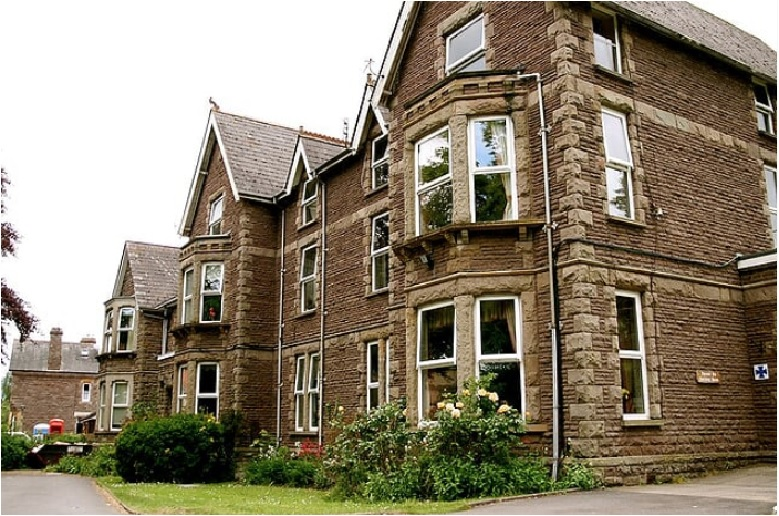 השקעה בדיור מוגן בבריטניה